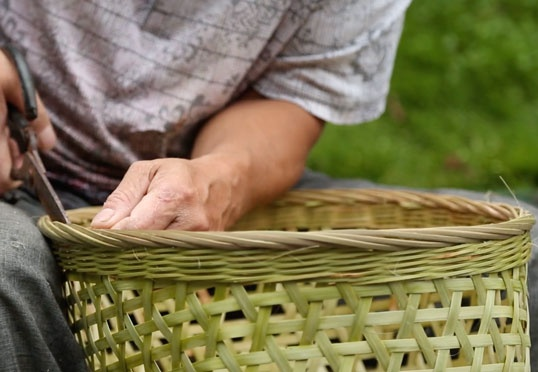 Anonymous Good Design: Daoming bamboo back baskets